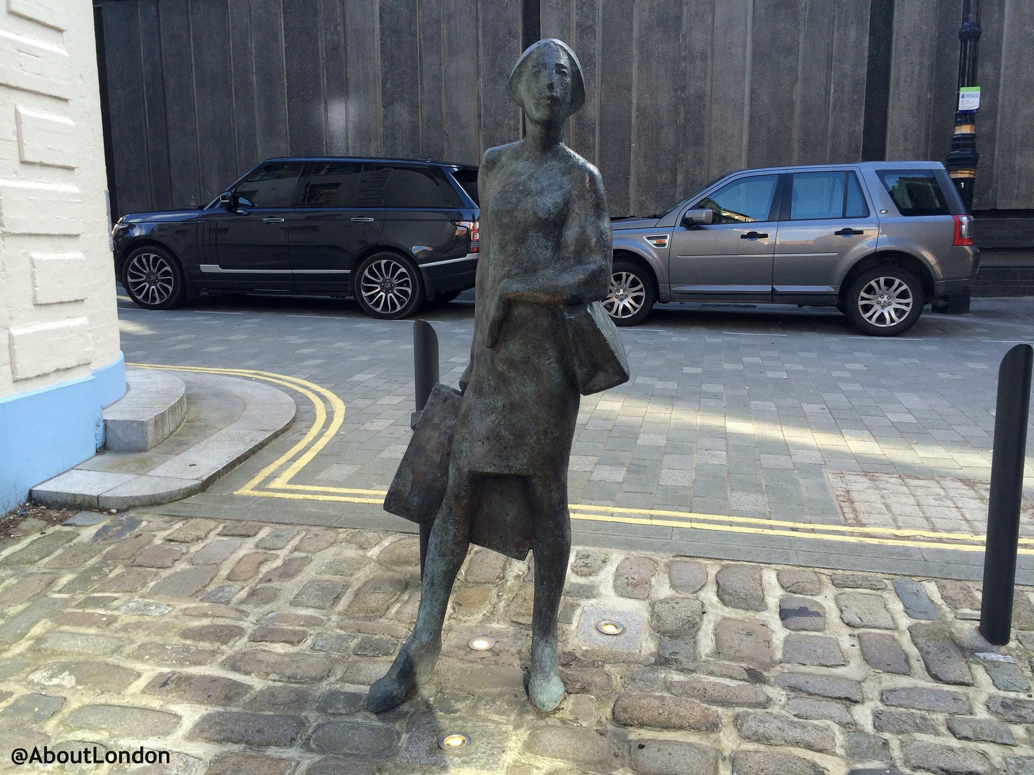 Bourdon Place Statues, Mayfair W1