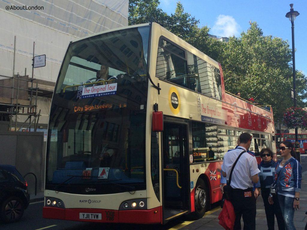 London Original Sightseeing Tour bus