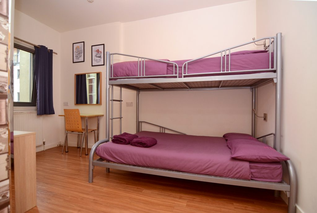 Safestay Edinburgh - triple room