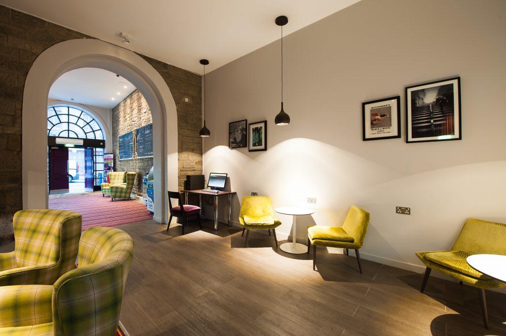Safestay Edinburgh - full reception area