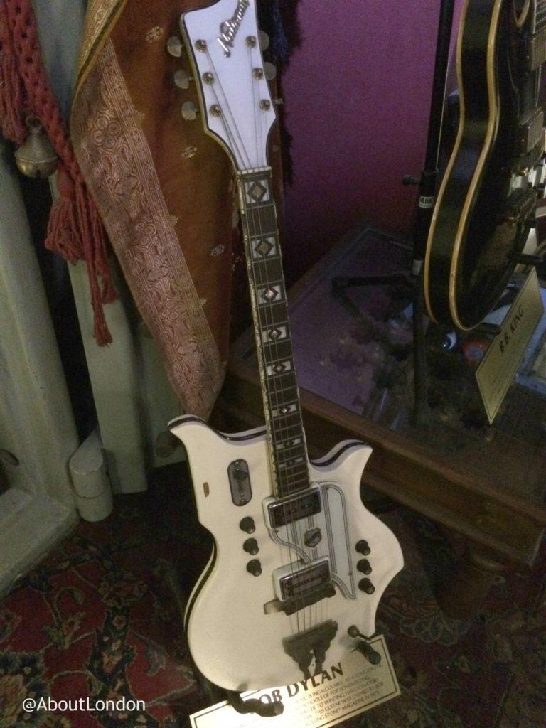 Hard Rock Cafe Vault - Bob Dylan guitar