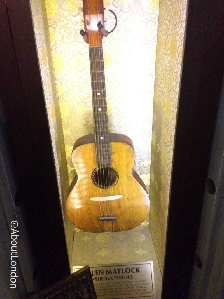 Hard Rock Cafe Vault - Glen Matlock guitar