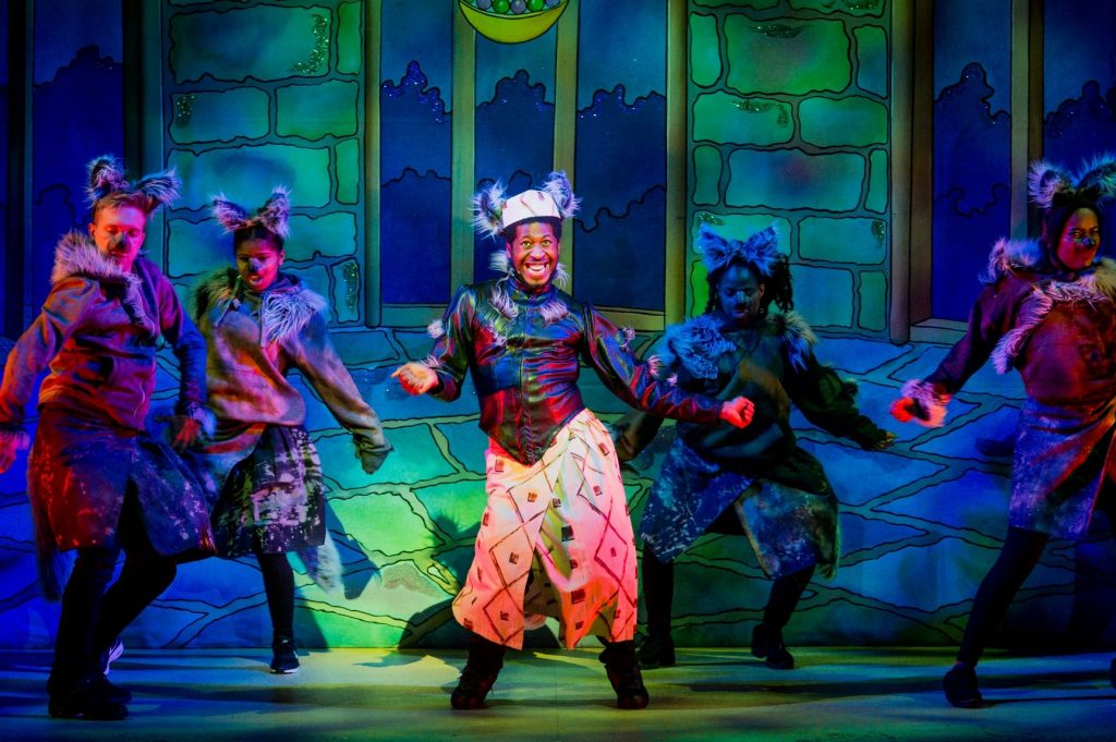 Darren as Hart as Ikoboo in Hackney Empire's Sleeping Beauty.