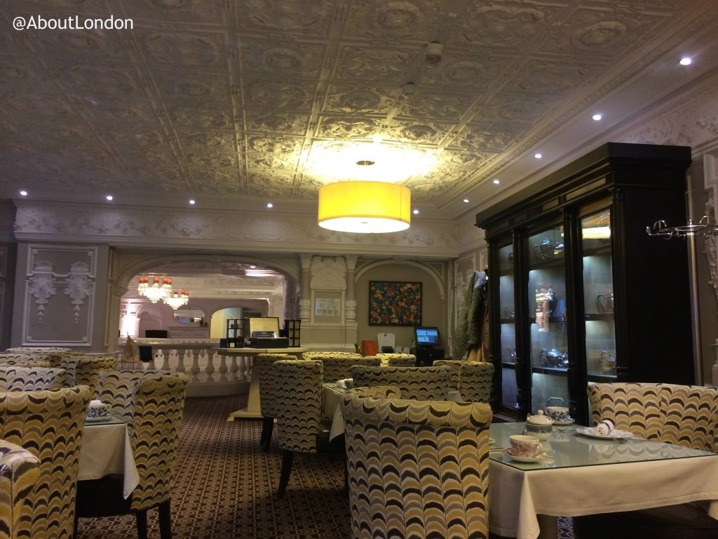 St Ermin's Hotel Tea Lounge - Winter Wonderland Afternoon Tea