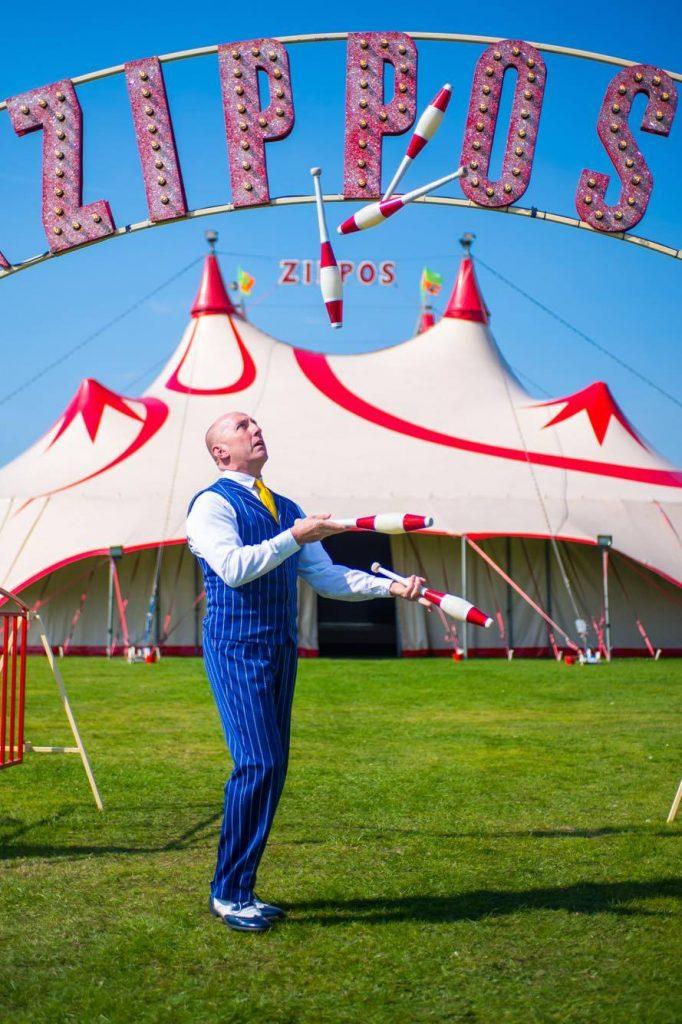 Nicolas Souren - Zippos Circus