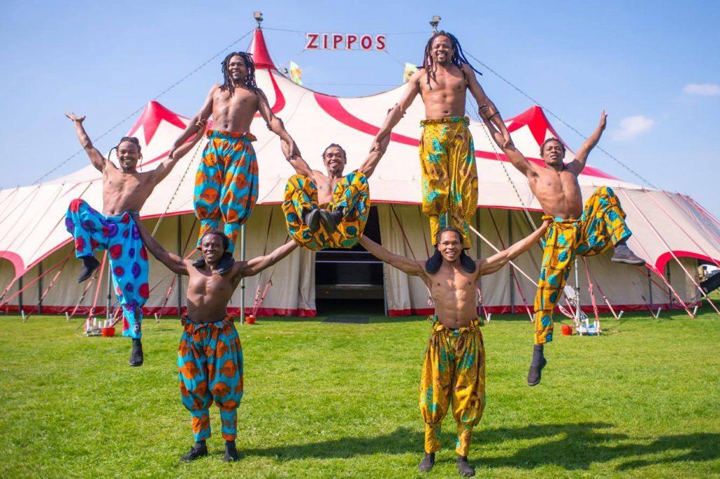 Zippos Circus - Timbuktu Tumblers