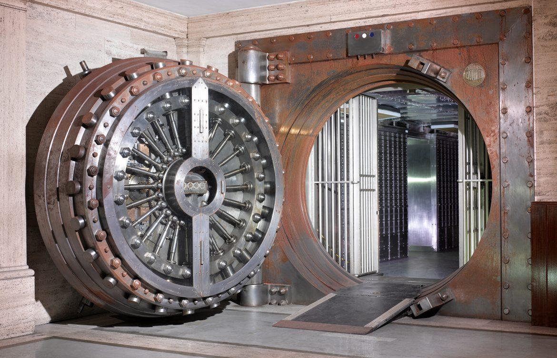 Midland Bank Vault. Copyright Peter Dazeley_credit photographer Peter DazeleyCannot_be_used_without_written_permission
