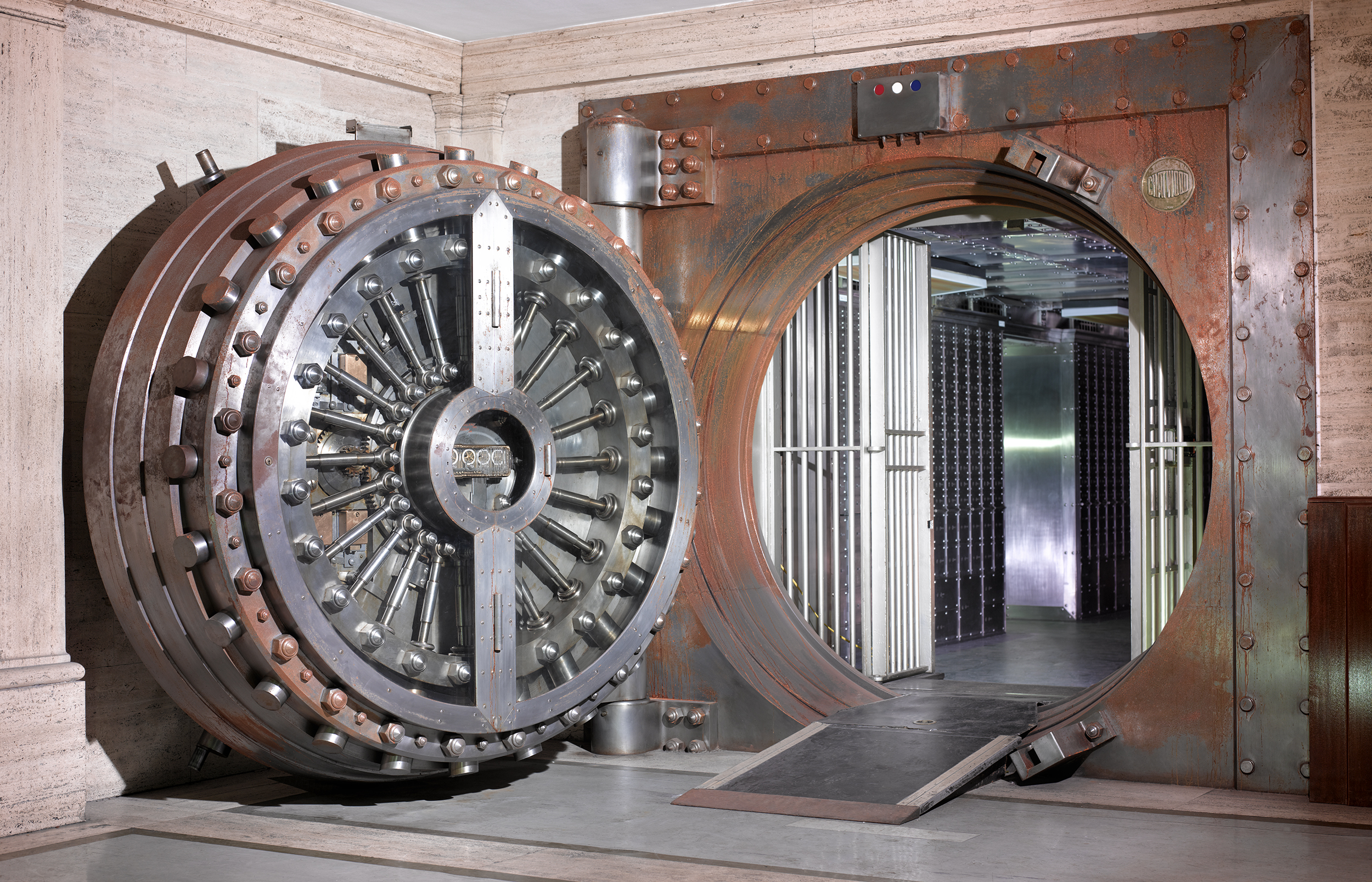 Midland Bank Vault. Copyright Peter Dazeley_credit photographer Peter DazeleyCannot_be_used_without_written_permission